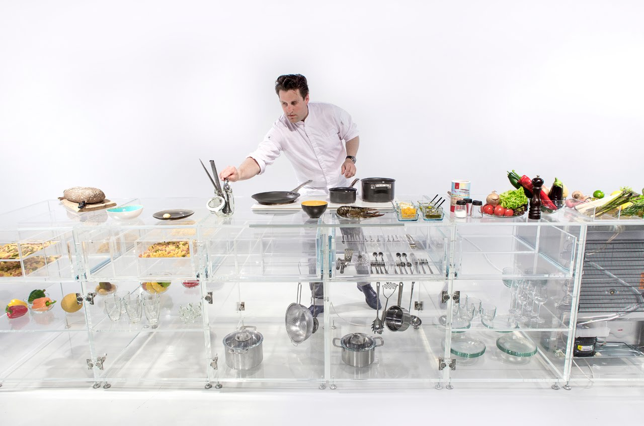 アイディアを生み出す透明なキッチン